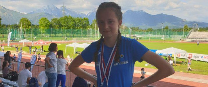 Lina Keder osvaja zlate medalje